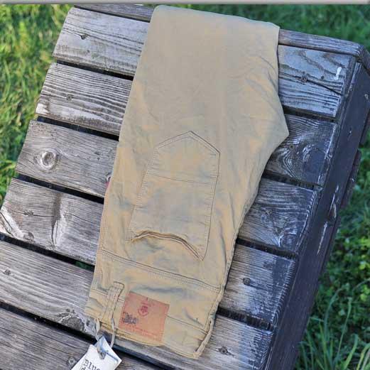 pantaloni_blue_d_jeans